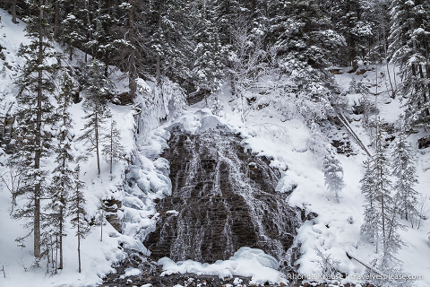 travelyesplease.com | Frosty Pictures of Jasper National Park in Winter