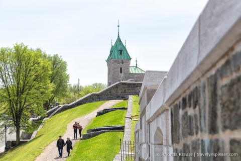 travelyesplease.com | Walking the Ramparts of Québec City