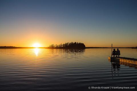 travelyesplease.com | Photo of the Week: Romantic Elk Island Sunset