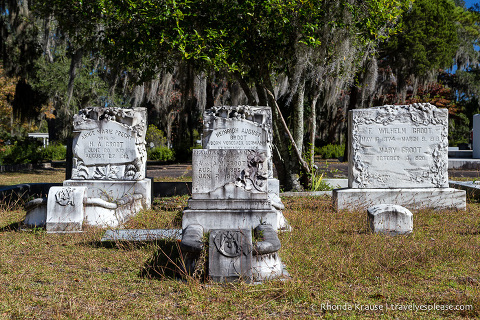 travelyesplease.com | Bonaventure Cemetery Tour- Savannah, Georgia
