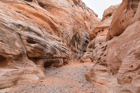 travelyesplease.com | Hiking White Domes Trail- Valley of Fire State Park
