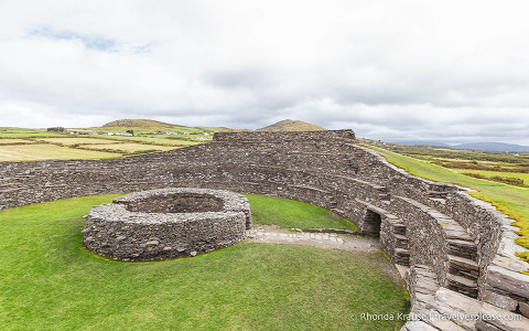 travelyesplease.com | Visiting Cahergall and Leacanabuaile- Irish Stone Ringforts