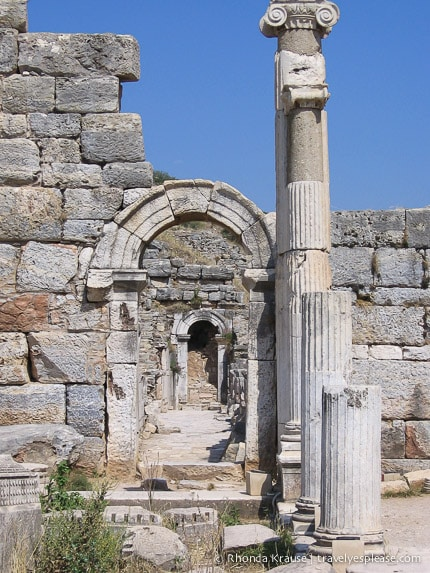 travelyesplease.com | Ephesus- Exploring an Ancient City
