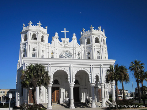 travelyesplease.com | Victorian Architecture and Unique Surprises in Galveston