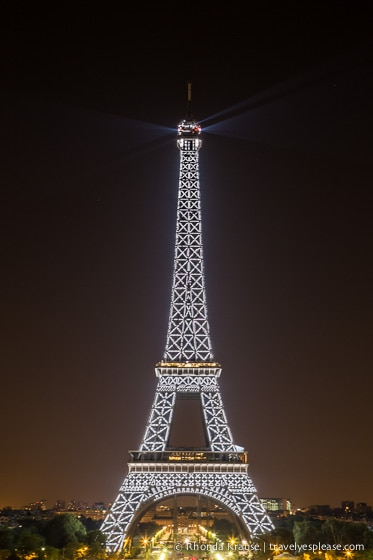travelyesplease.com | Romantic Paris- Six Romantic Things to do in Paris