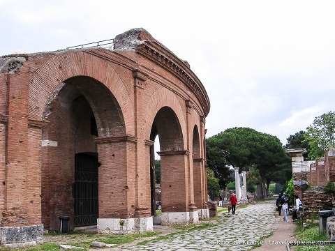travelyesplease.com | A Day Trip to Ostia Antica- Harbour City of Ancient Rome
