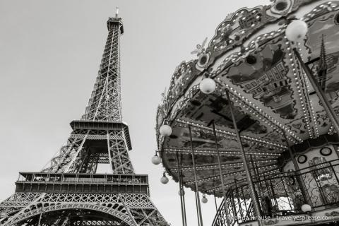 travelyesplease.com | Paris in Black and White- Photo Series| Carrousel de la Tour Eiffel