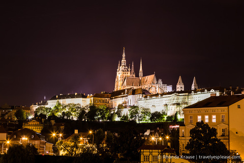 travelyesplease.com | Europe at Night: A Photo Series | Prague, Czech Republic