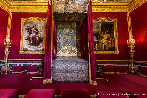 travelyesplease.com | Palace of Versailles- Self-Guided Tour Inside the Palace of Versailles