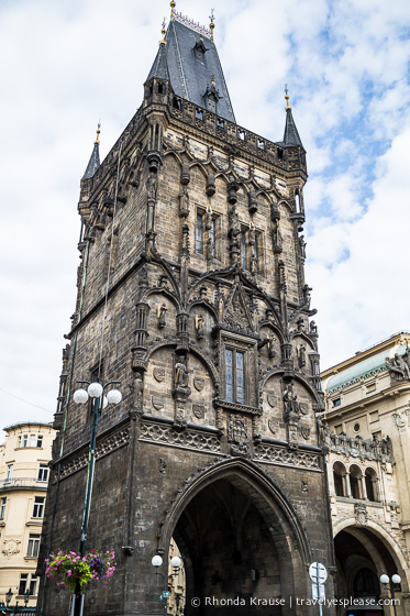 travelyesplease.com | A Walk Through Prague: Part One- Prague's Old Town
