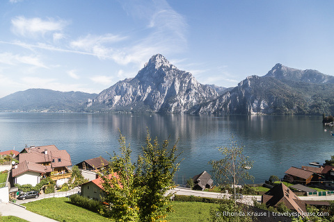 travelyesplease.com | View from the train on route to Hallstatt, Austria