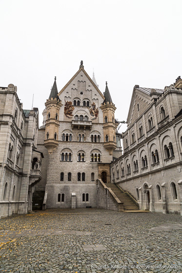 travelyesplease.com | Bavaria's Fairytale Castles: Part Two- Neuschwanstein Castle