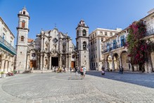 travelyesplease.com | Exploring the Plazas of Old Havana