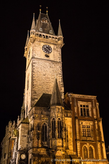travelyesplease.com | Prague at Night- Photo Series