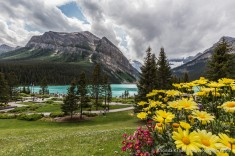 travelyesplease.com   Photo of the Week: Summer in Lake Louise