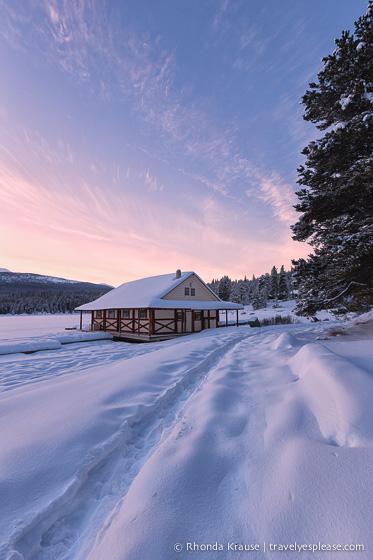 travelyesplease.com | Winter in Jasper- Photo Series