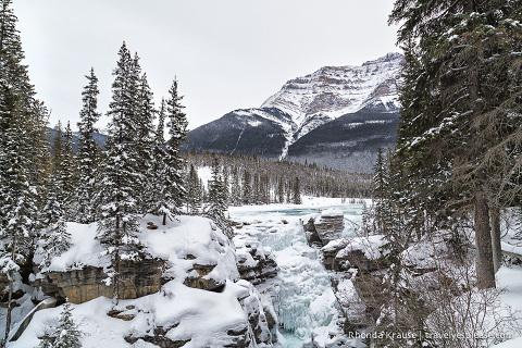 travelyesplease.com | Frosty Photos of Jasper National Park in Winter