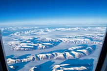 travelyesplease.com | Photo of the Week: Flying Over Greenland