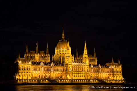 travelyesplease.com | Budapest 3 Day Itinerary- How to Spend 3 Days in Budapest