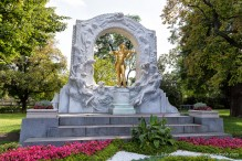 travelyesplease.com | Photo of the Week: Johann Strauss Monument, Vienna