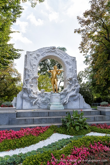 travelyesplease.com | Photo of the Week: Johann Strauss Monument, Vienna