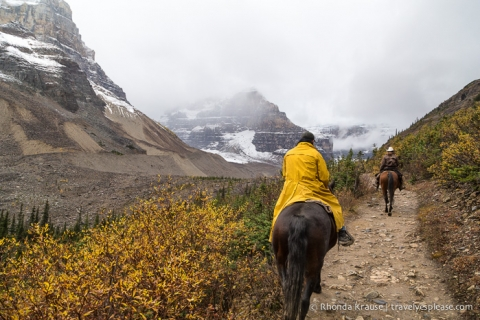 travelyesplease.com | Horseback Ride to the Plain of Six Glaciers Tea House