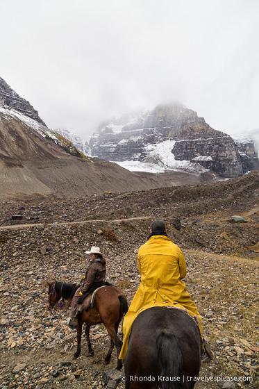 travelyesplease.com | Plain of Six Glaciers Tea House Horseback Ride