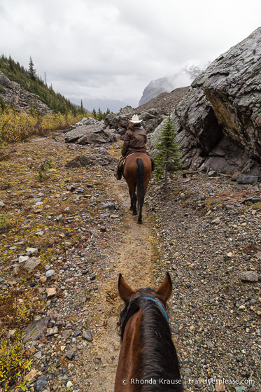 travelyesplease.com | Horseback Riding in Lake Louise to the Plain of Six Glaciers Tea House