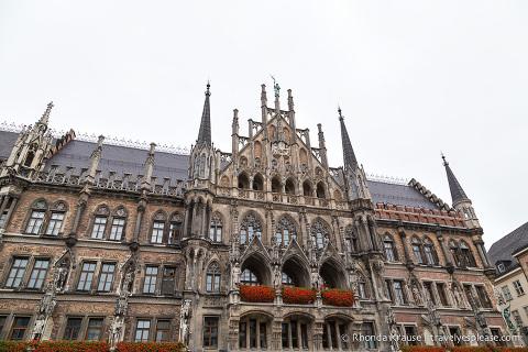 travelyesplease.com | A Walk Around Munich- Photo Series