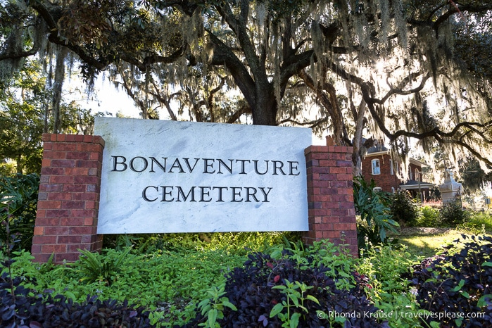 travelyesplease.com | The Haunting Beauty of Bonaventure Cemetery, Savannah