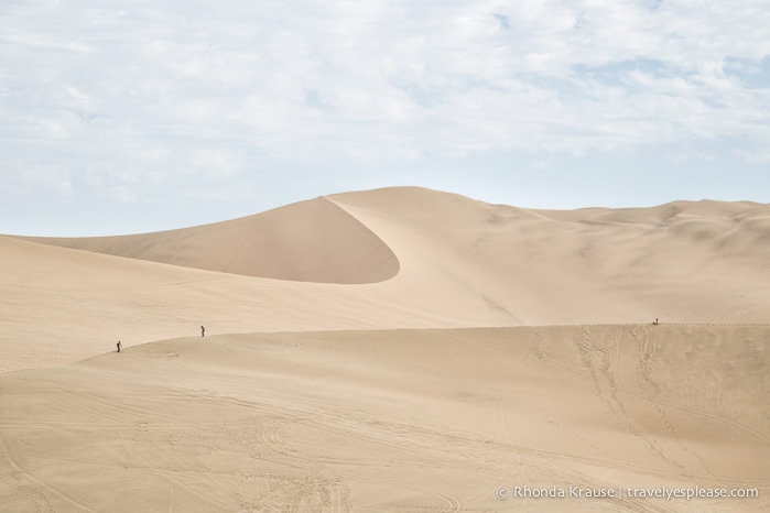 travelyesplease.com | Sandboarding in Peru at the Huacachina Oasis