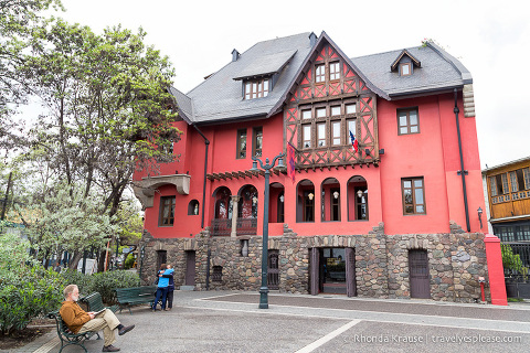 travelyesplease.com | Pictures of Santiago, Chile- Photos From the Free Walking Tour