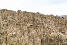 travelyesplease.com | A Walk in Moon Valley- La Paz, Bolivia
