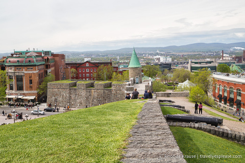 travelyesplease.com | Walking the Québec City Wall