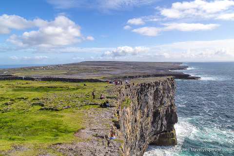 travelyesplease.com | Road Trip in Ireland- 2 Week Itinerary