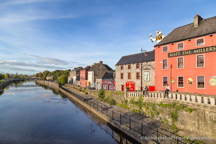 travelyesplease.com | Travelling Alone in Ireland- 7 Reasons Ireland is a Great Place For Solo Travel