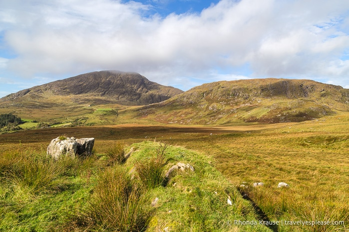 travelyesplease.com | Solo Travel in Ireland- 7 Reasons Ireland is a Great Place to Travel Alone