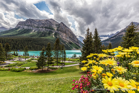 travelyesplease.com | Canadian Rocky Mountains Road Trip Itinerary- 8 Days in Alberta