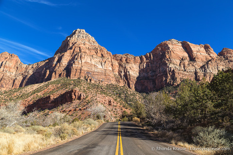 travelyesplease.com | Zion National Park Itinerary- 3 Days of Hikes, Walks, and Scenic Drives