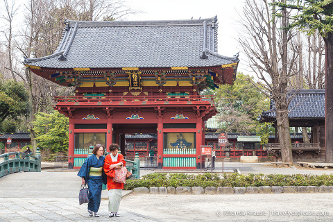 travelyesplease.com | Visiting Nezu Shrine- One of Tokyo's Oldest Shrines