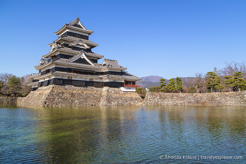 travelyesplease.com | Day Trip to Matsumoto Castle, Japan