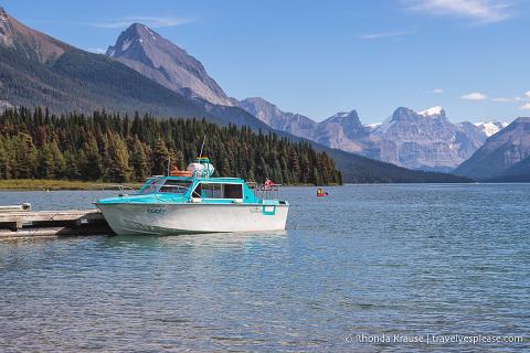travelyesplease.com | Scenic Cruise on Maligne Lake - Jasper National Park, Canada