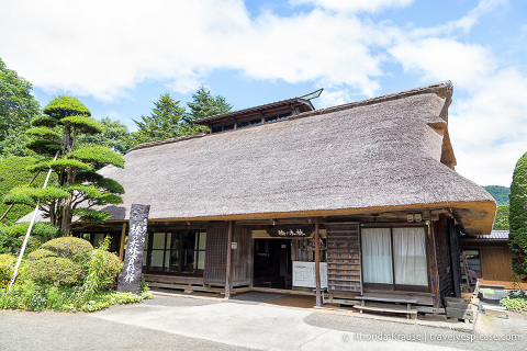 Japan bucket list- Go inside a traditional thatched roof house (thatched roof house at Oshino Hakkai Village)