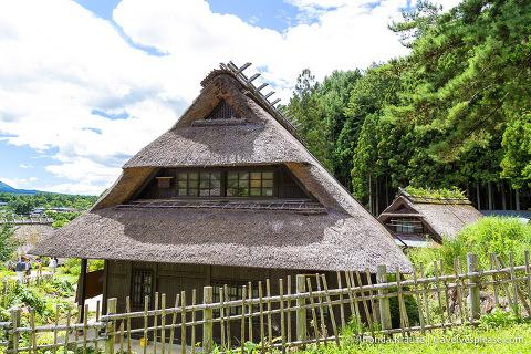 Kabuto-zukuri house at Saiko Iyashi no sato Nenba