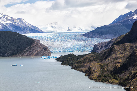 Lago Grey and Grey Glacier.