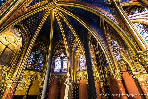 Interior of the lower chapel of Sainte-Chapelle.