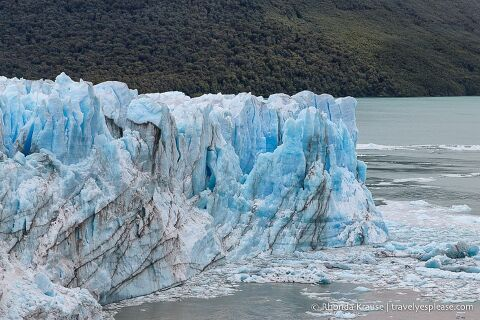 Close up of the glacier with Lago Argentino.