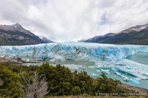 Wide view of Perito Moreno Glacier.