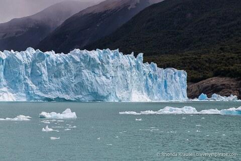The glacier and Lago Argentino.
