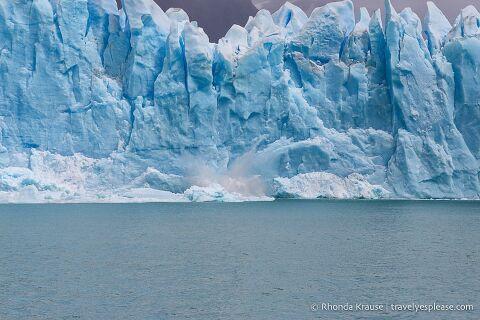 Splash of ice falling into Lago Argentino.